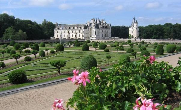 James Wadsell - Loire Valley | Blois to Amboise